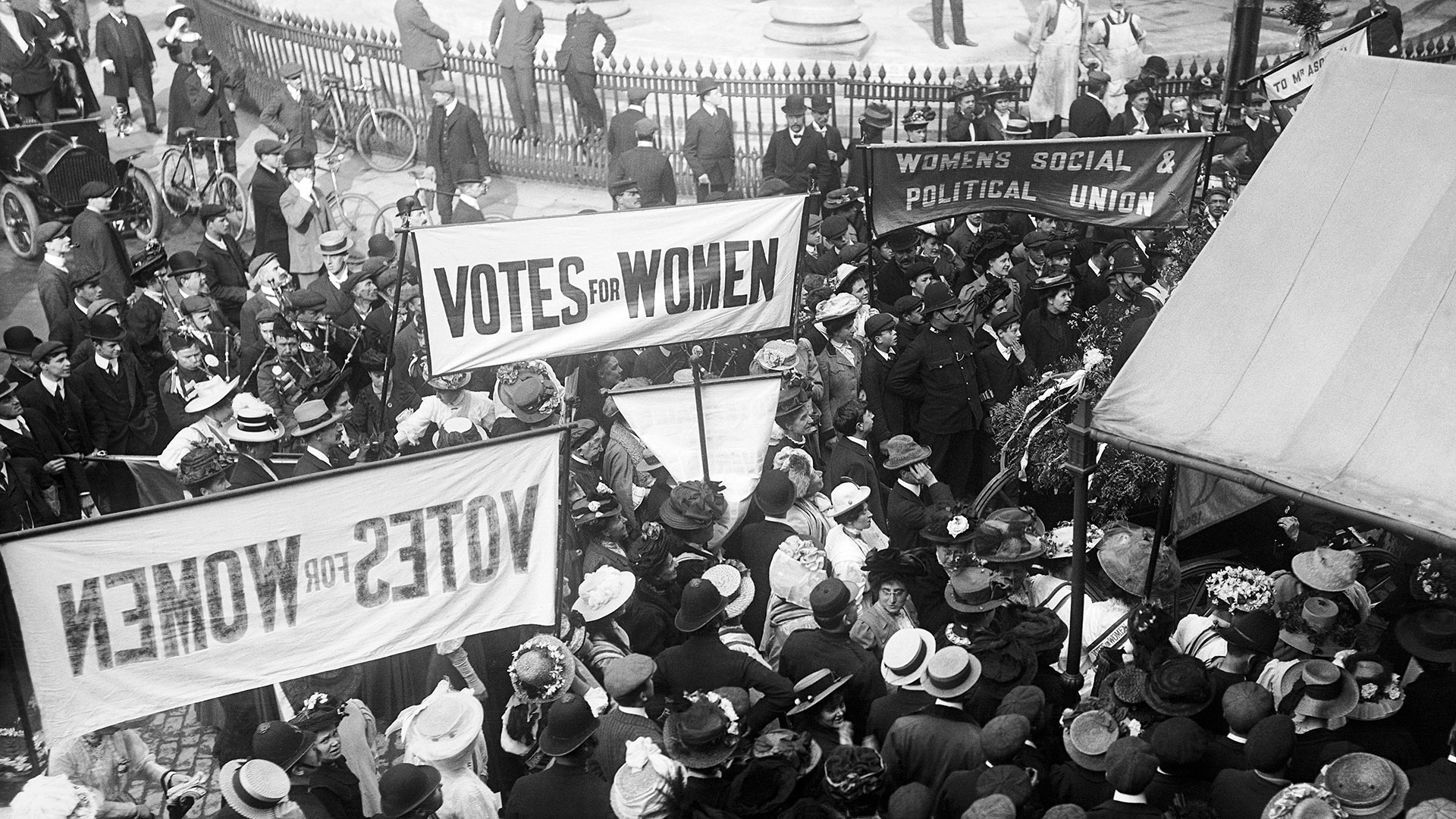 Suffragette Millicent Fawcett To Be First Woman With