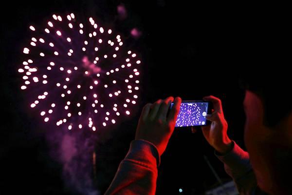 Warga Dilarang Tiup Terompet Dan Nyalakan Kembang Api Saat Malam Tahun Baru