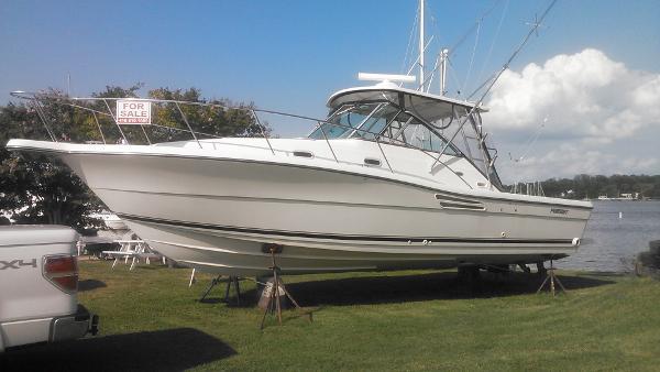Pursuit 3000 Express Boats For Sale