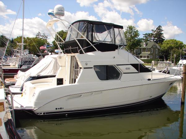 Silverton 351 Sedan Cruiser Boats For Sale