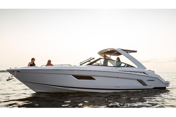 Cruisers Yachts 338 Palm Beach Edition Bow Rider Review