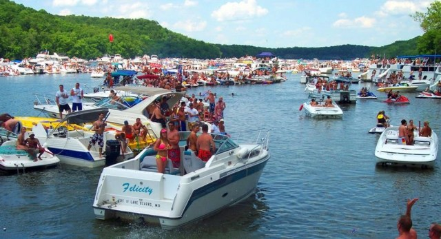 Photo Courtesy Lake Ozark Pics Searching For The Ultimate Party Cove