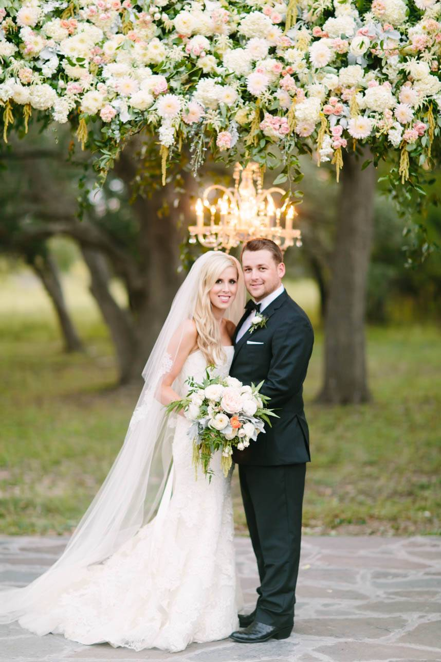 Garden Glam Austin Wedding At Ma Maison Jaclyn Dustin