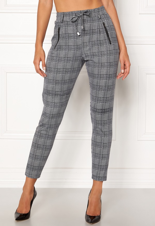 Checked Trousers – Happy Holly