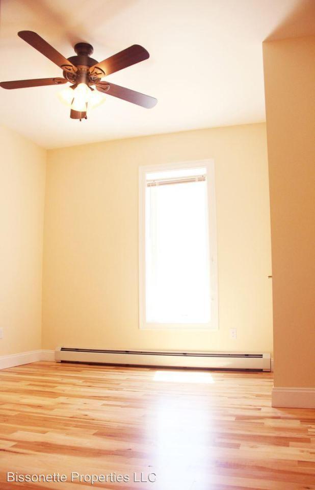 34 Burlington Vt 3 Bedroom Apartment For Average 1 226. 3 bedroom apartments burlington vt   Scandlecandle com