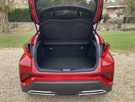 358 liters only for the C-HR.