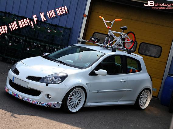 Une Clio RS Au Style Surprenant
