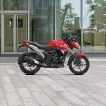 Honda X Blade Price 2021 Mileage Specs Images Of X Blade Carandbike