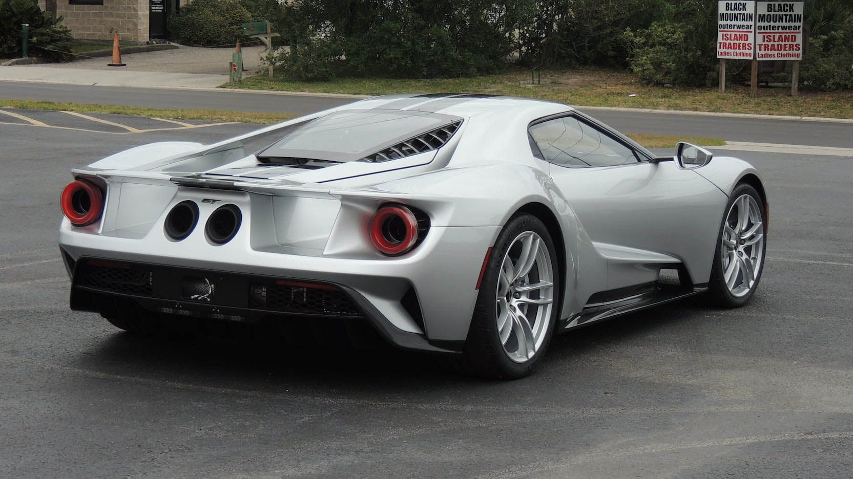 Ford Gt Within Its First Two Years Mecum Will Also Be Barred From Auctioning These Models Even Though Theyre Not Owned By Someone Who Is Subject To