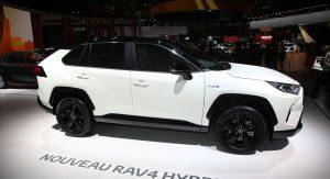 Toyota Opens Uk Order Books For 2019 Rav4 Hybrid Prices Start From
