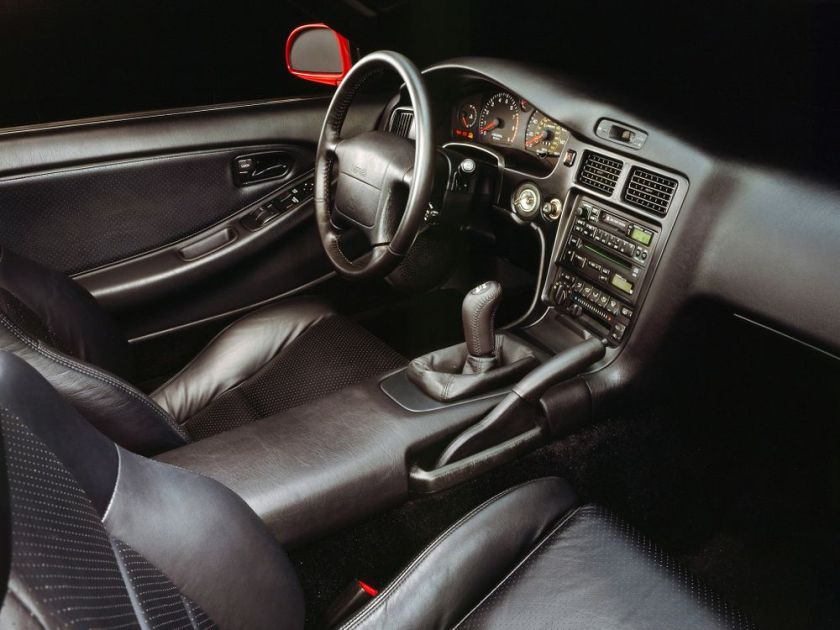 MR2 W20 US Spec interior.
