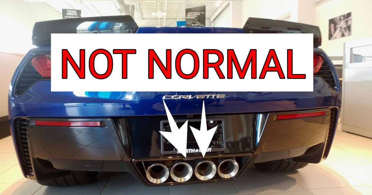 center exhaust pipes on the c7 corvette