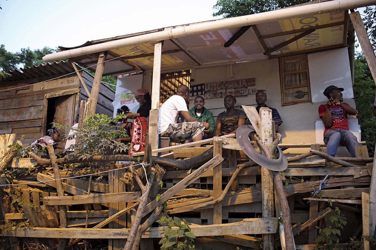 Paikallinen baari Briardenessä.