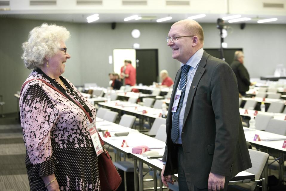 Riku Aalto Metalliliiton ylimääräisessä liittokokouksessa Helsingissä.