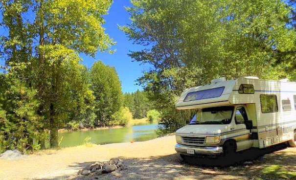 Our camp at Four Mile Flat Quarry, 25 miles west of Klamath Falls Oregon.