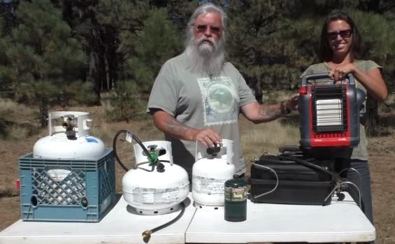 Hook up 2 propane tanks