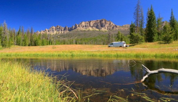 Wind-reflections-pinnacles-wide