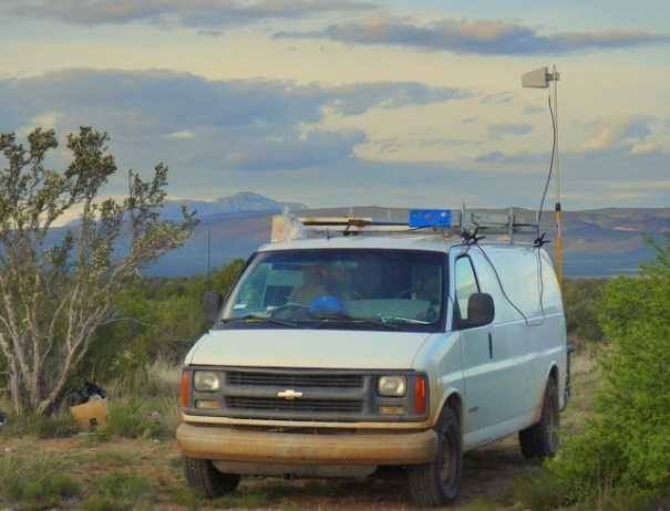 I love privacy and being alone with nature and so I try to camp in remote places, like this one. But, that means the nearest cell/data tower is a long ways away. Here you can see my Wilson Diretional Antenna pulling in a strong 4g signal from 20 miles away.