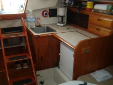 Boat-Salon-Steps