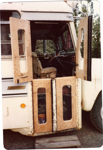 dutch_bus_doors