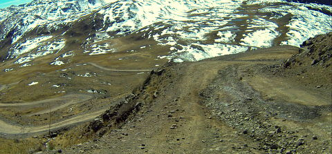 Lots of switchbacks on the road on the way down from Engineer Pass.