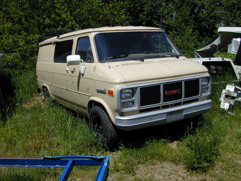 1. Sandy's Van before the installation.