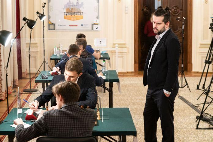 Superfinalja e kampionatit rus Dubov Karjakin 2020
