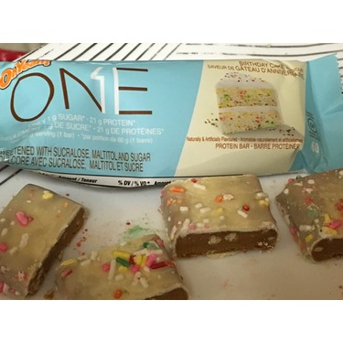 Oh Yeah One Protein Bar Birthday Cake Flavour Reviews In Dietary Supplements Nutrition Chickadvisor
