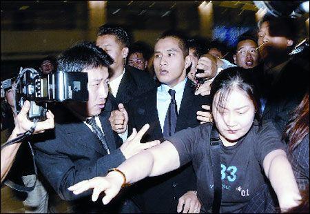 2002년 미국 시민권 취득에 따른 병역기피 시비로 입국 금지됐던 가수 유승준