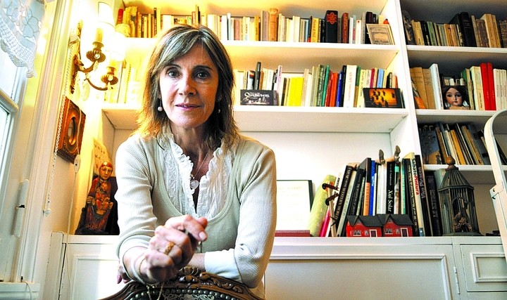 María Negroni, writer and editor.  Close the festival.