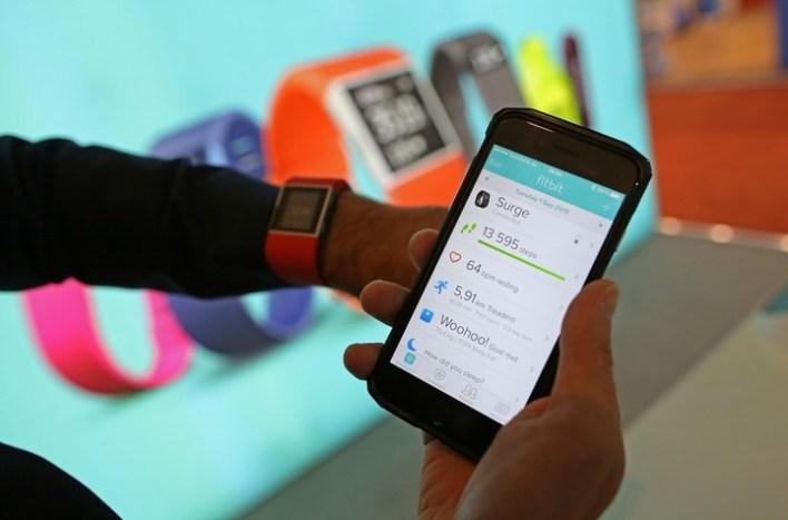 Las aplicaciones relativas a la actividad física pueden alimentar la adicción y la obsesión. /Bloomberg/Archivo/.