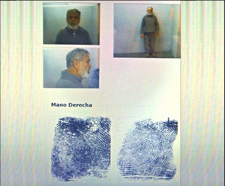 La ficha policial de De Vido, detenido desde el año pasado.