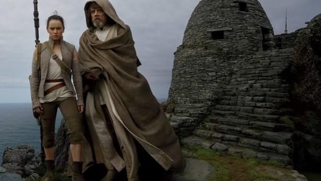 Daisy Ridley Rey Mark Hamill Luke Skywalker