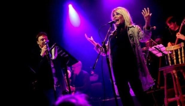 Grave denuncia de una popular cantante contra Cacho Castaña