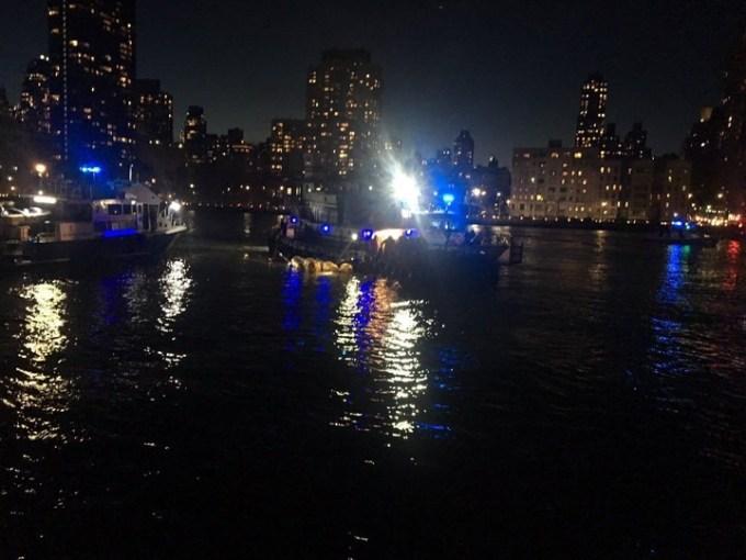 Accidente del helicóptero en Nueva York: cayó en el East River y hay 5 muertos, entre ellos una argentina
