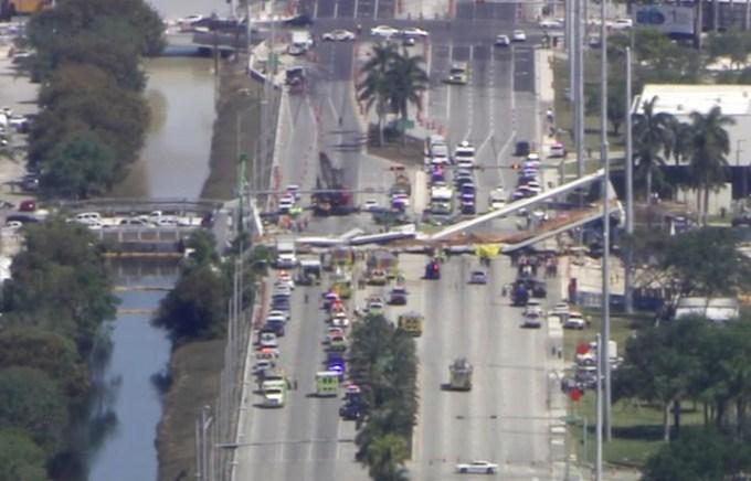 Una imagen del puente colapsado. (AP)