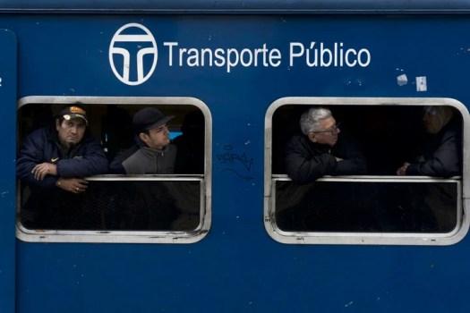 Los trenes del San Martín son diésel.