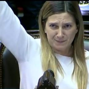 """Mauricio Macri se reunió con diputadas en contra del aborto y se manifestó a favor """"de las dos vidas"""""""
