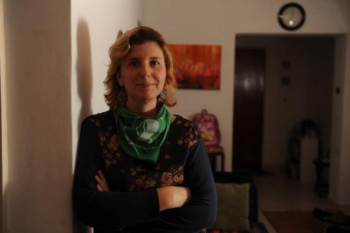 """""""Algunas familias se van con sus hijos del hospital. Yo no pude, pero me fui con dignidad"""". Victoria, bibliotecaria en la UBA. Foto Guillermo Rodriguez Adami"""