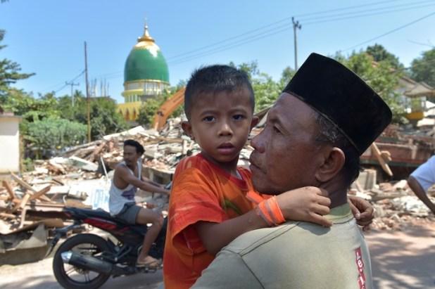 El sismo provocó más pánico. (AFP)
