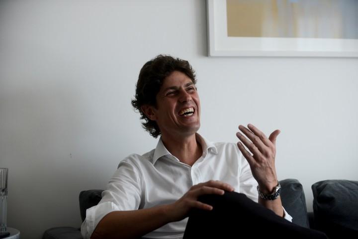 Martín Lousteau no se siente dentro de Cambiemos, pero asegura que puede ir a las PASO contra Macri o contra Larreta.