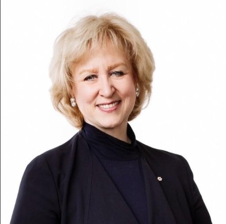 Campbell fue la primera ministra entre junio y octubre de 1993 y se convirtió en la primera mujer en ocupar ese cargo en Canadá (Instagram).
