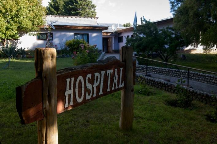 El hospital de la ciudad de Epuyen. Foto: Marcelo Martínez