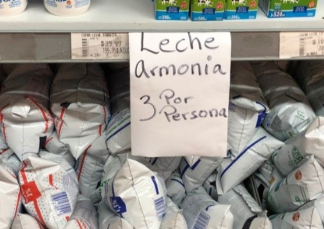 """Leche Armonía, 3 por persona"" (Twitter)."