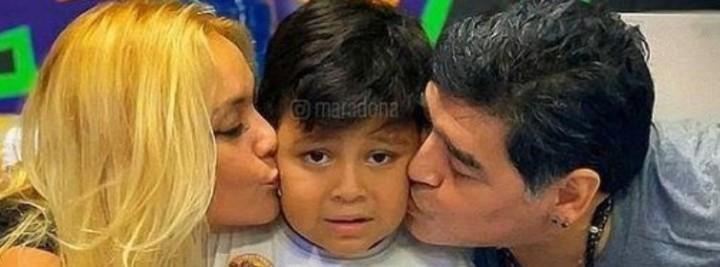 Verónica Ojeda and Diego Maradona with their son Dieguito Fernando.