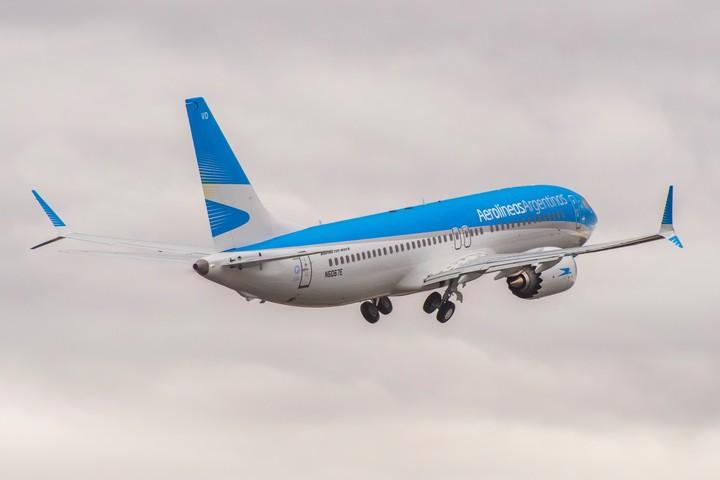 Uno de los Boeing 737 MAX de Aerolíneas Argentinas, que por el momento dejó de volar.