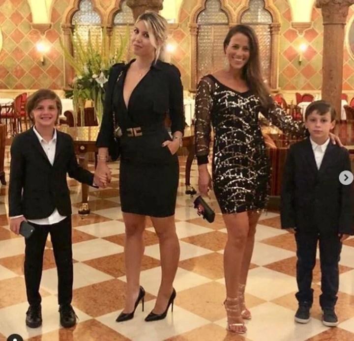 Wanda con Bárbara y sus hijos. Entre ellas hay muy buena relación desde hace tiempo.