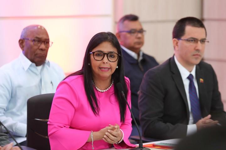 La vicepresidenta de Venezuela, Delcy Rodriguez, viajará junto al canciller Jorge Arreaza a la Asamblea General de la ONU en Nueva York. / EFE/ Cortesía prensa Palacio de Miraflores/