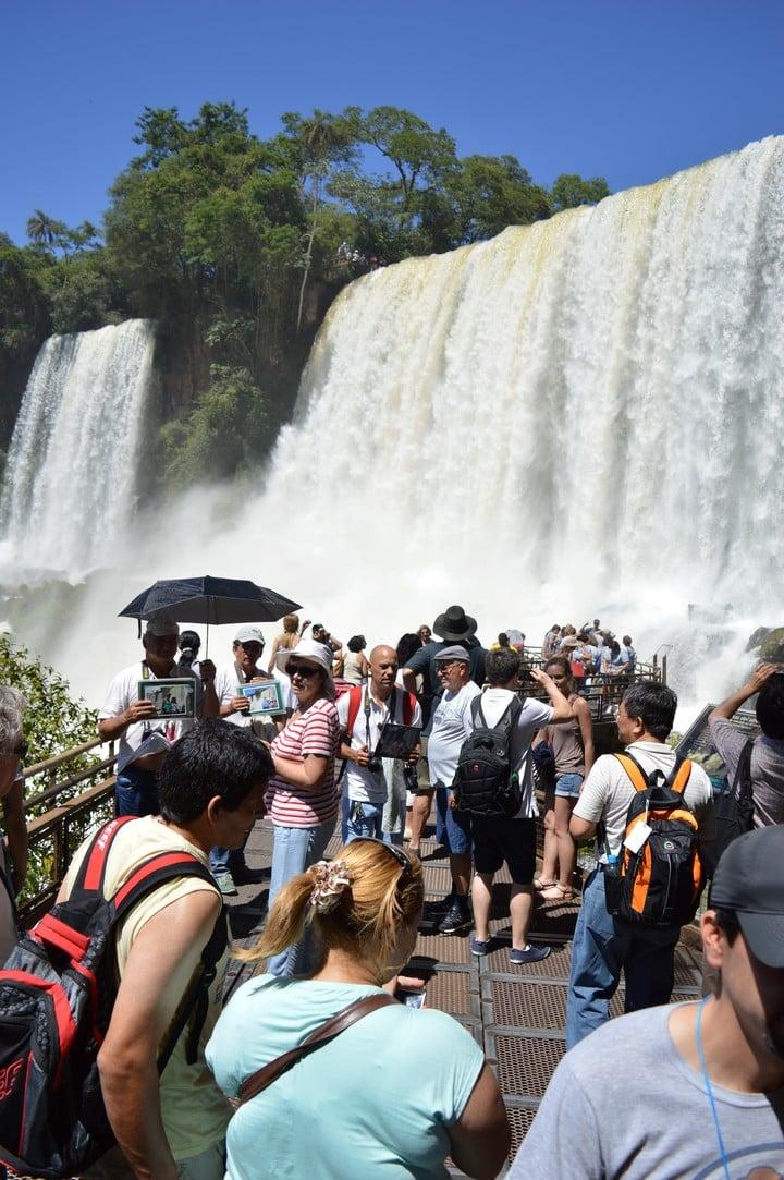 Cataratas del Iguazu, declarado Nueva Maravilla Natural, atrae a turistas del todo el mundo.. FOTO PARQUE NACIONAL IGUAZU.