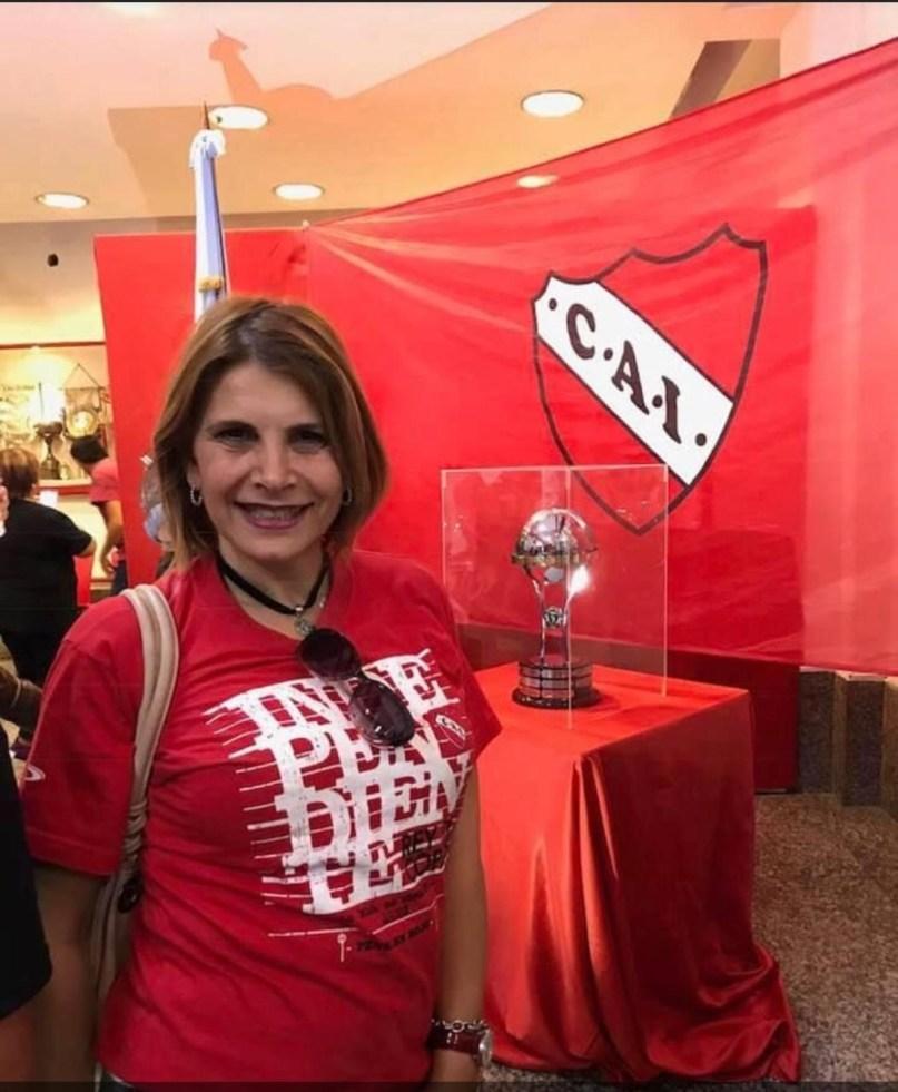 Liliana Caruso en el club que es su pasión, el Rojo.